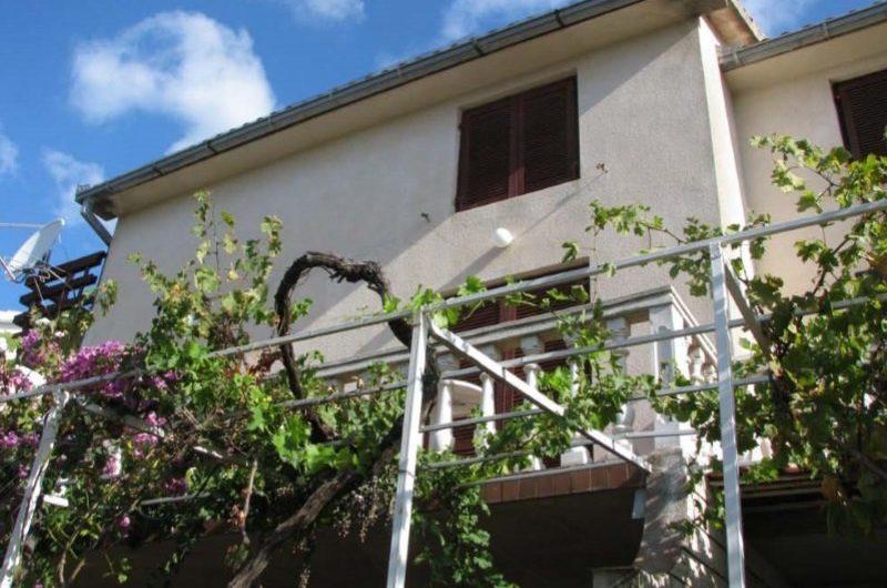 OREBIĆ, kuća 185 m2 sa pogledom na more