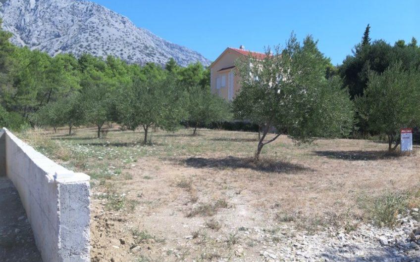 OREBIĆ – uređeno građ. zemljište, 841 m2