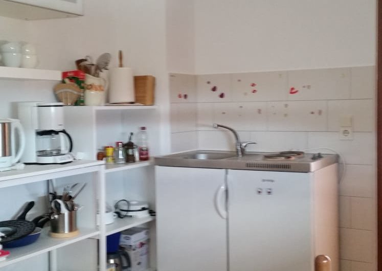 KARLOBAG – uređena kuća uz more, 240 m2