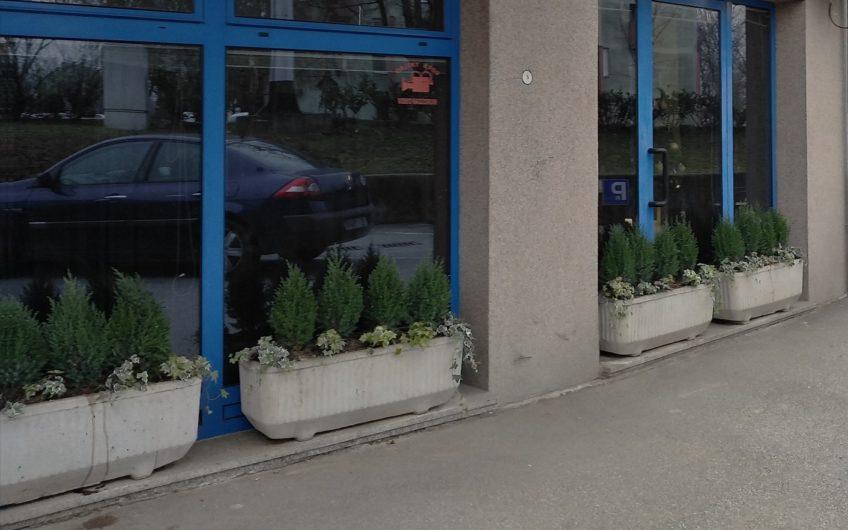 STENJEVEC – poslovni prostor (kozmetički salon), 104 m2