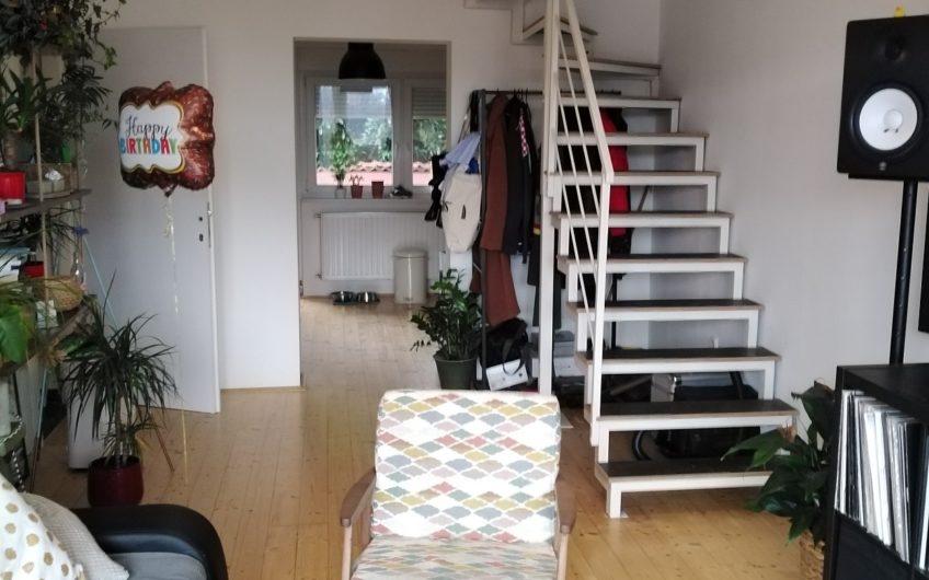 GORNJA KUSTOŠIJA – samostojeća kuća sa 3 stana, 224 m2