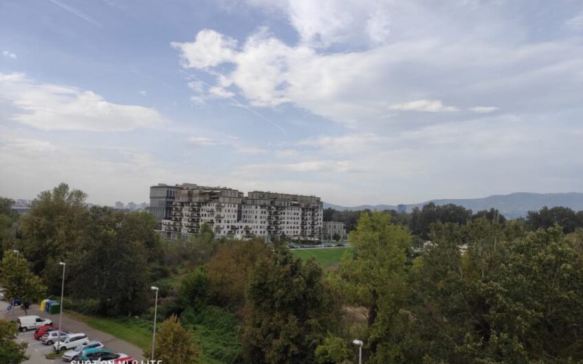 SREDIŠĆE – stan na 5.katu, 52 m2