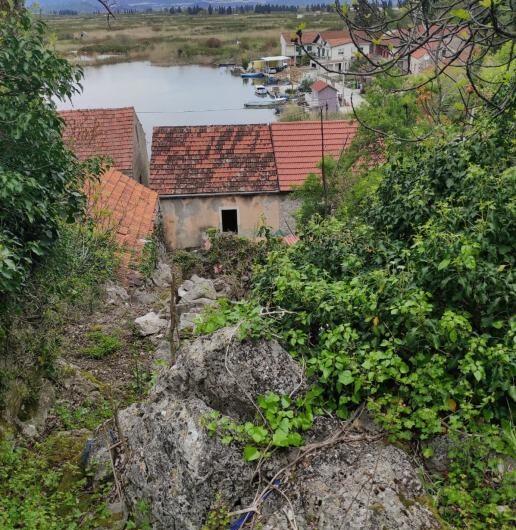 SLIVNO – MIHALJ – kamena kuća, 100m2