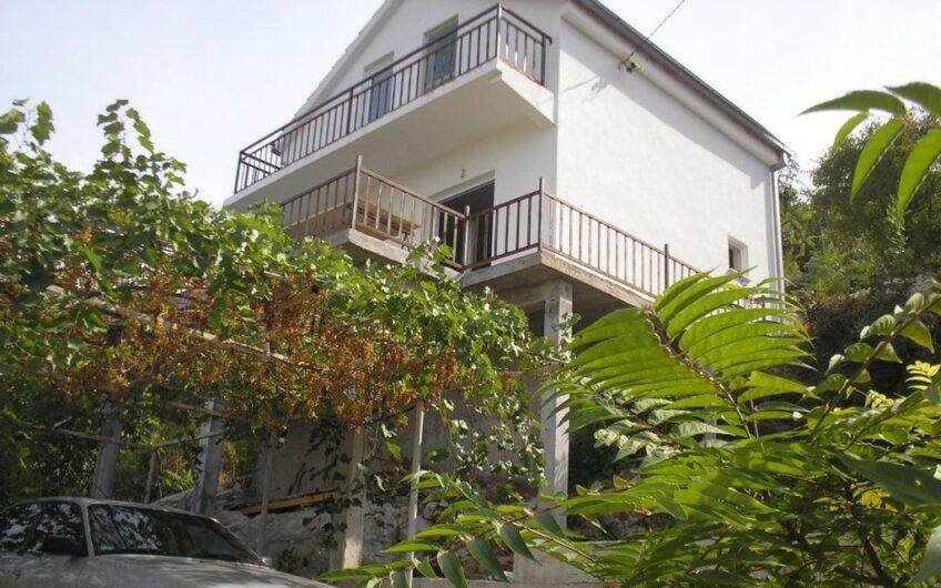 SLIVNO – kuća, 60m2